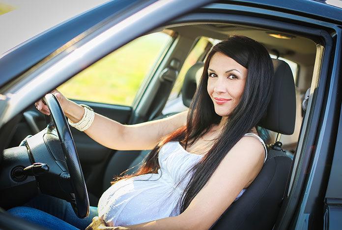 Czy kobieta ciężarna powinna prowadzić samochód?