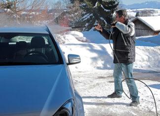 Na co szczególnie zwrócić uwagę podczas mycia samochodu zimą?